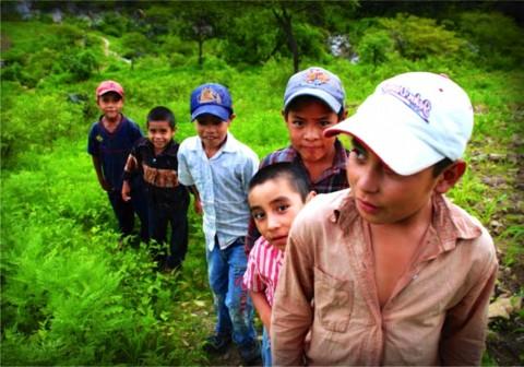Crisis en la frontera por escalada de  menores inmigrantes