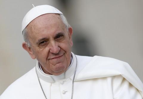 """El Vaticano dice que las palabras del papa sobre Trump """"no son un ataque personal"""""""