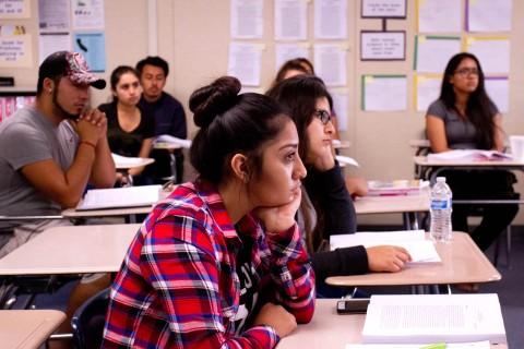 Organizaciones defienden impuesto temporal que financia educación California