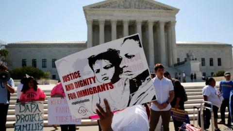 La Corte Suprema no logra desbloquear a la política migratoria de Obama