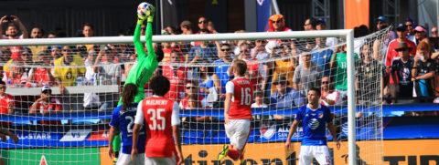 Encuentro de grandes estrellas del fútbol termina con triunfo de 2-1 para el Arsenal FC contra MLS