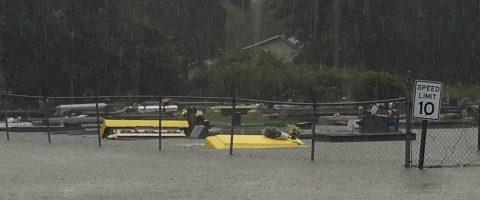 Tres muertos y 7.000 rescatados por fuertes inundaciones en Luisiana