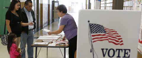 Campaign seeks to register thousands of new Latino voters in U.S.
