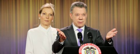 Santos dedicates Nobel Prize to all Colombians, particularly victims