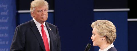 Trump y Clinton llevan sus ataques al extremo en un amargo debate
