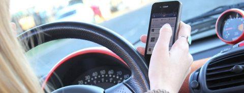 """Piden implementar un """"modo de conducción"""" en los teléfonos"""