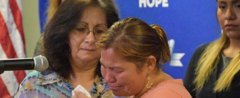 Abogados dicen que no entienden detenciones prolongadas de indocumentados