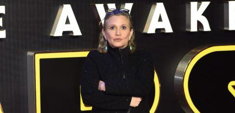 La actriz Carrie Fisher sigue estable en el hospital tras sufrir un infarto