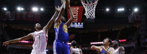 Warriors continue to shine; Grizzlies top Kings