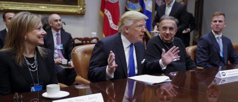 Trump y el sector del automóvil hacen aparentemente las paces tras reunión