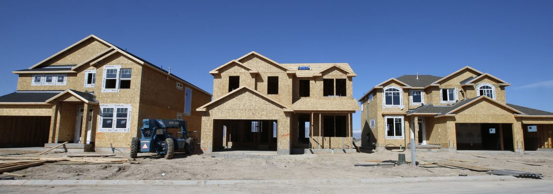 US housing starts plunge 6.8 pct. in March
