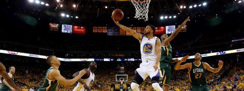 Los Warriors se adelantan a los Jazz, los Celtics amplían ventaja con 53 puntos de Thomas