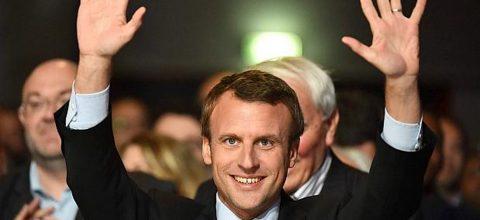 Macron se convierte en el presidente más joven de Francia