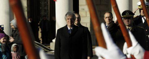 Uruguay's president announces cut in fuel oil price