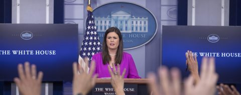 Sean Spicer dimite como portavoz de la Casa Blanca tras desacuerdo con Trump