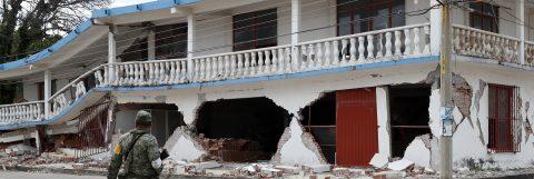 Sube a 90 el número de muertos por el terremoto en México