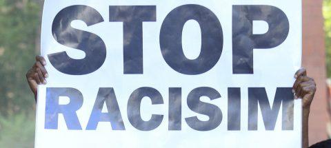 El Congreso de EE.UU. urge a Trump condenar el racismo y el supremacismo