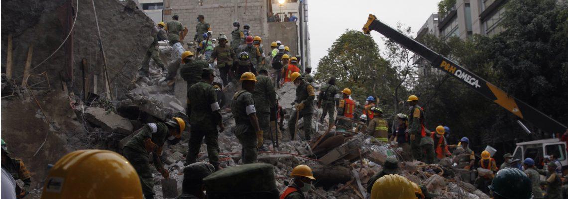 Voluntarios de Topos Chile viajan a México para labores de búsqueda y rescate