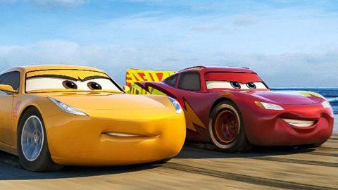 """Lightning Strikes Again When Disney•Pixar's """"Cars 3"""" regresará para quedarse en tus hogares este Nov. 7"""