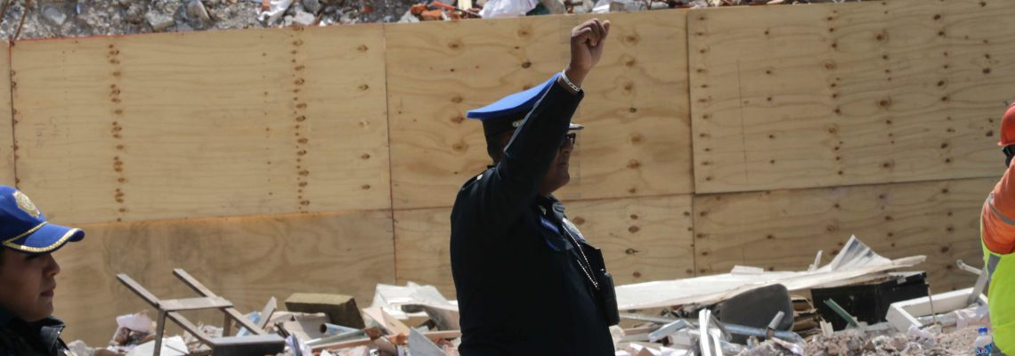Mexicans observe 3 minutes of silence to mark one-month anniversary of quake