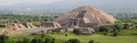 "El Dr. Gemi José González, Cónsul General de México en San Francisco, discute ""Teotihuacan City of Water, City of Fire"""
