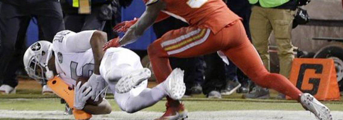31-30. Raiders ganan duelo a Chiefs duelo divisional pleno de suspense