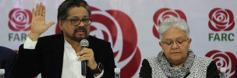 """La FARC entra a la arena política con """"Timochenko"""" como candidato presidencial"""