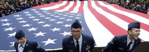 Nueva York homenajea a los veteranos de guerra con un gran desfile