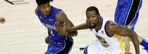 110-100. Durant suple la ausencia de Curry y los Warriors logran su séptimo triunfo
