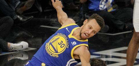 Stephen Curry se perderá dos semanas por un esguince en su tobillo derecho