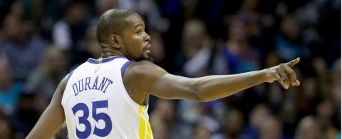 7-101. Ante los Hornets, Durant logra un triple-doble y los Warriors siguen ganando