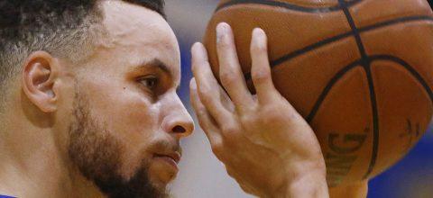 James elige a Durant e Irving de titulares; Curry a Harden y Antetokounmpo