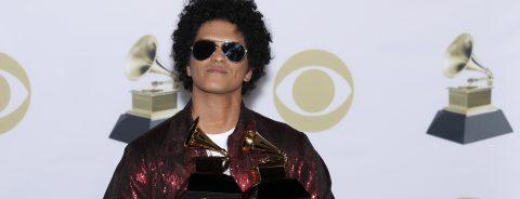 Kendrick Lamar, Bruno Mars win 3 Grammys apiece at Premiere Ceremony