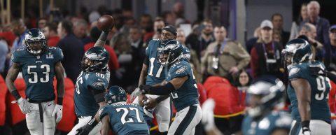 41-33. Foles acaba con el mito de Brady y da el primer título a Eagles