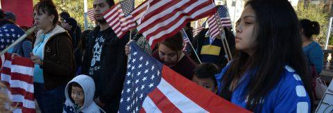 Pacto bipartidista propone regularizar soñadores y financiar el muro en EEUU