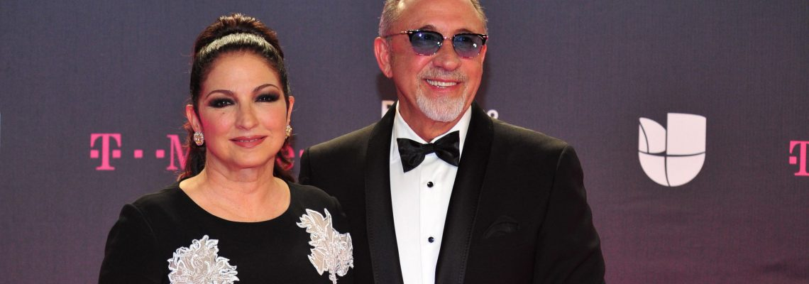 Estrellas latinas vistieron de negro en la alfombra de Premios Lo Nuestro
