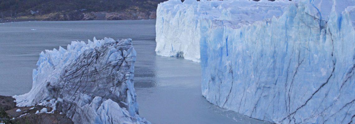 Rupture of Argentina's Perito Moreno glacier causes flooding