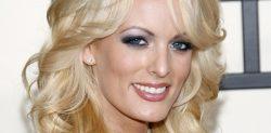 Abogado de Trump reclama 20 millones a actriz porno por violar pacto silencio