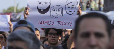 Jóvenes mexicanos se movilizan contra desapariciones y asesinatos