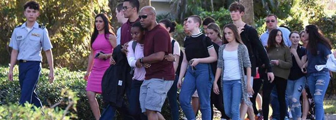 Sobrevivientes de la escuela de Texas volverán a las aulas la próxima semana