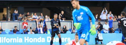 Hoesen coloca el doblete para los SJ Earthquakes en un empate 2-2 contra New England
