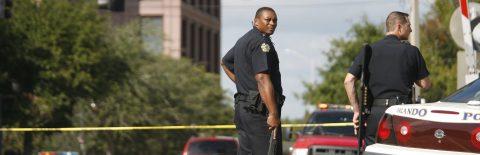 Orlando aprueba prohibir a Policía local preguntar sobre estatus migratorio