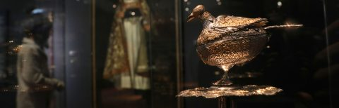 Peruvian museum exhibits biggest silver trove in the Andes