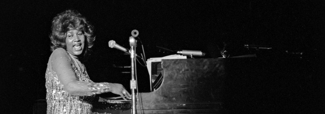 """Aretha Franklin, la imponente voz que exigió """"Respect"""", muere a los 76 años"""