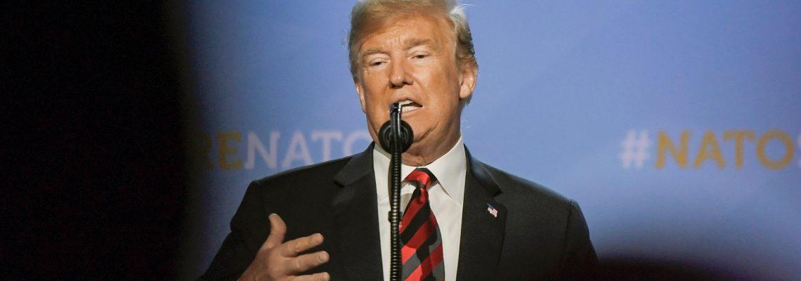 """Trump reitera comparación de investigación de trama rusa con """"McCarthismo"""""""