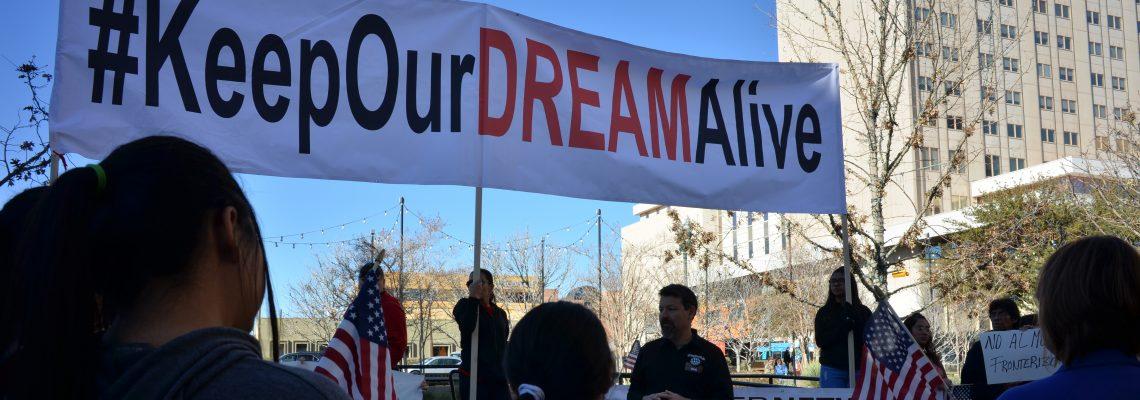 """Universidad de Colorado ofrece ayuda a """"soñadores"""" para matrículas"""