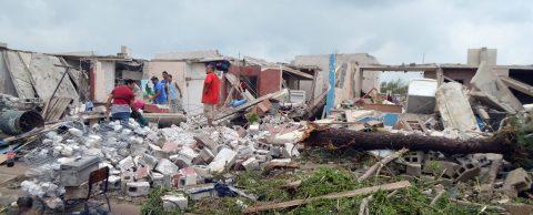 Un tornado inusual sorprende a una comunidad de estado mexicano de Sinaloa
