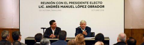 El presidente electo de México promete dar visas laborales a migrantes