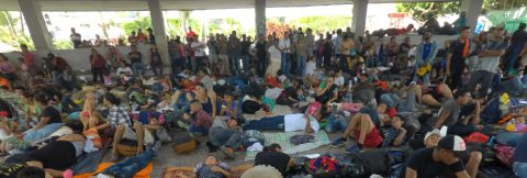 Trump repeats refusal to take in Honduran caravan migrants