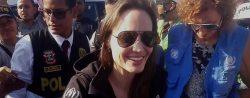 Angelina Jolie comprueba éxodo de venezolanos en la frontera de Perú con Ecuador